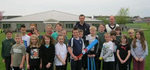 Summer term cricket at Elmvale Primary