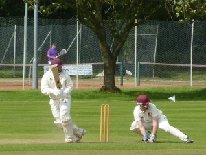 Chris Bellwood batting against Ferguslie